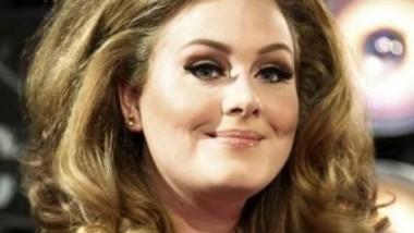 Adele: διαψεύδει τις φήμες