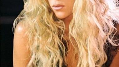 Shakira- Πιο ερωτευμένη από ποτέ!