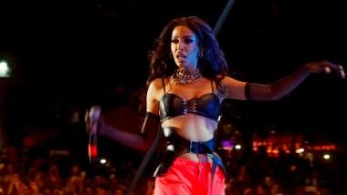 Η Ελένη Φουρέιρα έβαλε φωτιά στην σκηνή των Music Events παρέα με τον Plus Radio 102.6