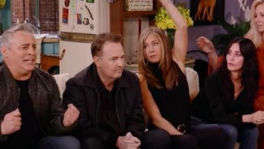Friends: Το επίσημο τρέιλερ για το reunion της σειράς