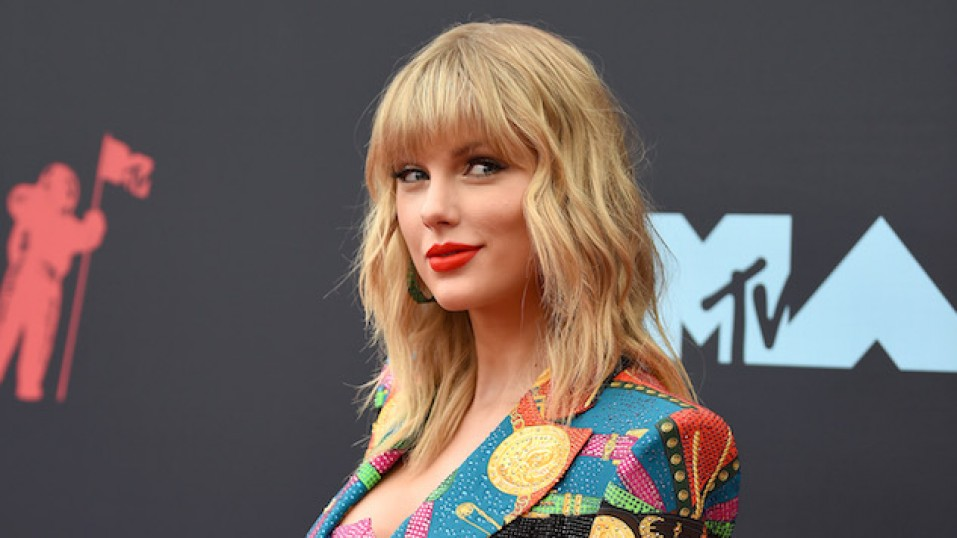Taylor Swift: Ο καλλιτέχνης με τις υψηλότερες πωλήσεις singles στις ΗΠΑ την τελευταία δεκαετία