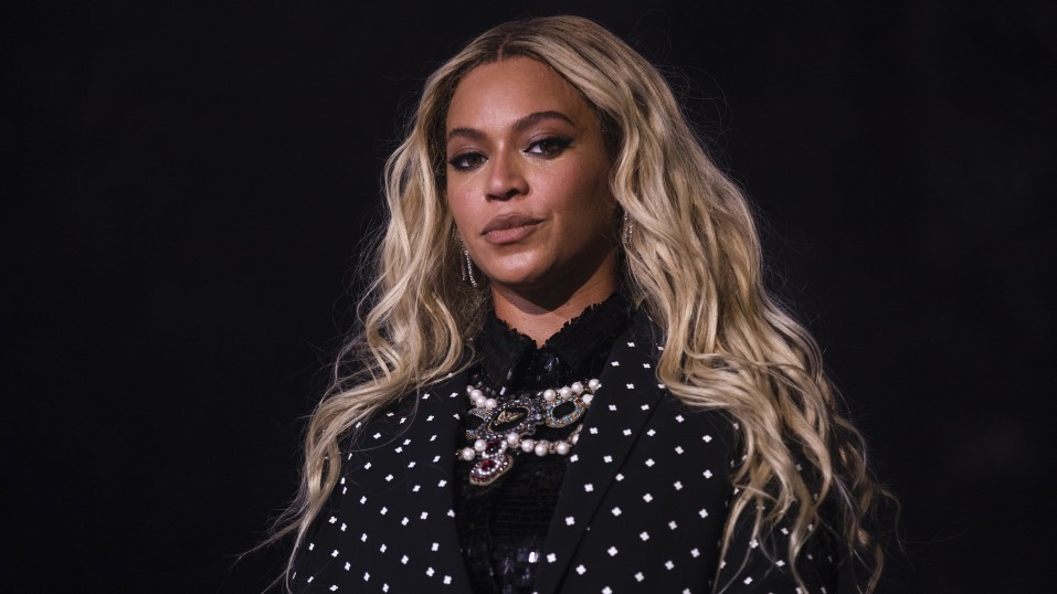 Black Parade: Νέο τραγούδι από την Beyonce