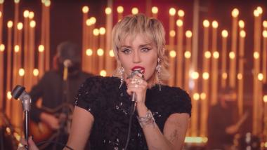 Το Mister Music Show παρουσιάζει το νέο album της Miley Cyrus σε αποκλειστικότητα