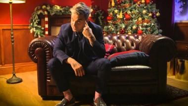 Ο Robbie Williams θα κυκλοφορήσει Χριστουγεννιάτικο άλμπουμ