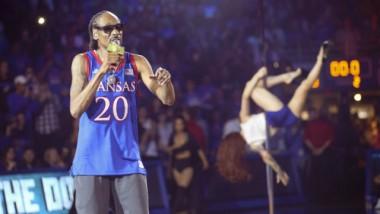Πανεπιστήμιο κάλεσε τον Snoop Dog για συναυλία αλλά το μετάνιωσε και ζήτησε συγγνώμη!